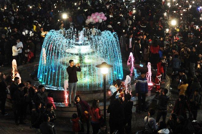 Chiếu sáng đài phun nước quảng trường Đông Kinh Nghĩa Thục – TP.Hà Nội