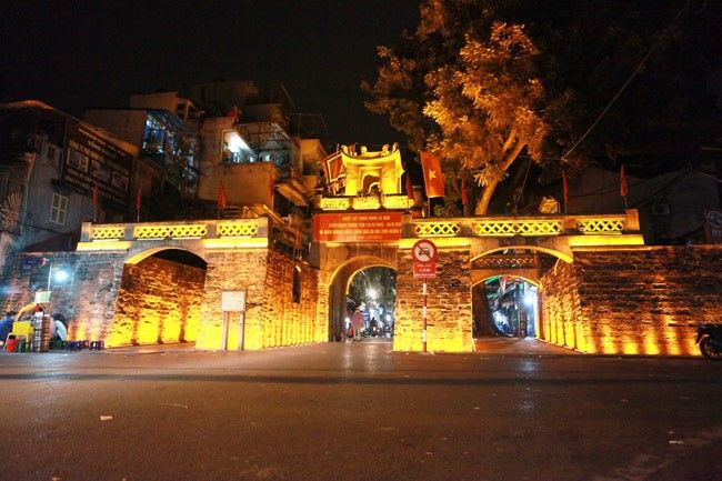 Chiếu sáng trang trí Ô Quan Chưởng thành phố Hà Nội